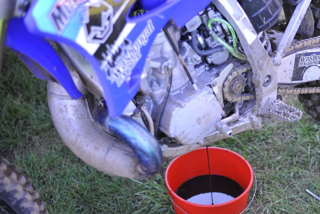 Color Matters: Check Engine Oil on Your Dirt Bike or ATV | MotoSport
